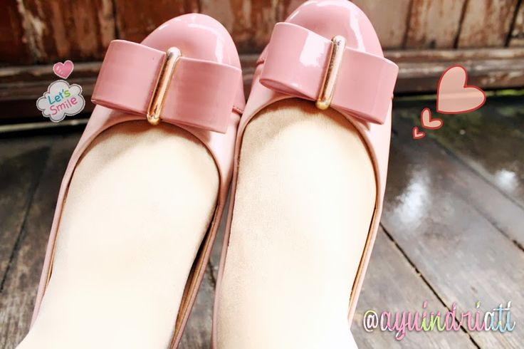 My Favourite Pink Flatshoes on http://ayuindriati.blogspot.com/