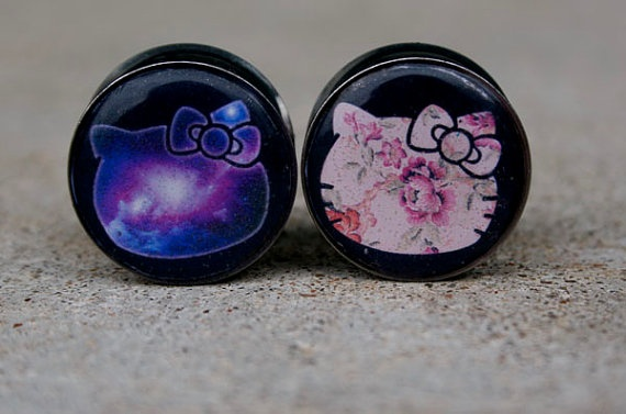 00g 7 16in galaxy or floral hello kitty plugs plugs. Black Bedroom Furniture Sets. Home Design Ideas