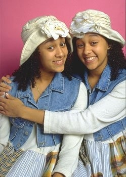 If you were a child in the 90's, you probably watched Sister, Sister, and you probably wanted one of three things: a twin sister, a huge hat with a flower pinned to it, or bouncy curly hair.: Celebrity Transformers, 90 S, Paris Hilton, 90S Fashion, Childhood Memories, Tamera Mowry, Sisters Sisters, Nostalgia, Curly Hair