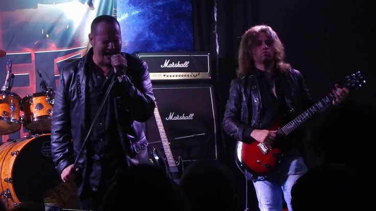 Tim Ripper Owens - Rainbow In The Dark (Dio) (acoustic) (live) - Cosa No...