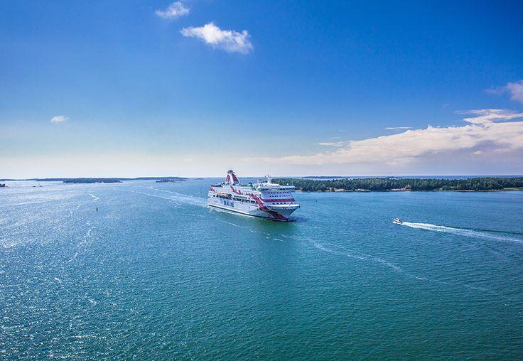Kesäisellä merellä, Baltic Princess.