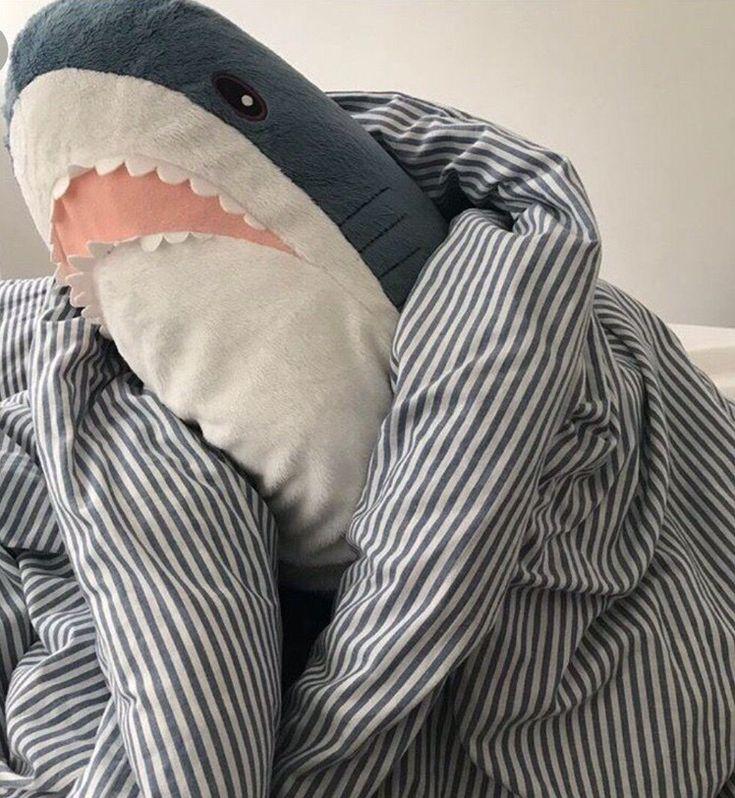 Обои с акулой из икеи