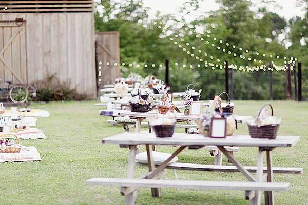 Una alternativa al clásico banquete de #boda: celebrar un gran picnic.