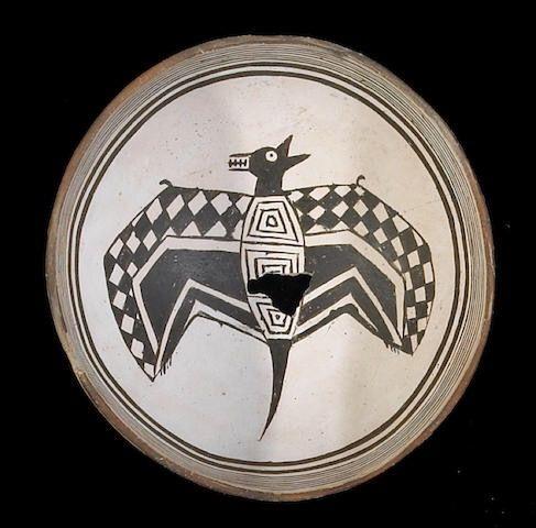 Чаша Мимбрес, диаметр около 9 дюймов. Собственность John Painter, Цинциннати.  Bonhams, декабрь 2008. Сан Франциско.