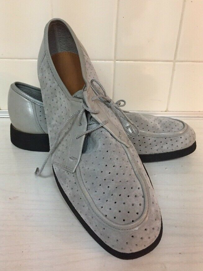 Made In Usa Gray Perforated Suede Hush Puppies 4 Eye Lace Up Oxfords With Block Heels Rare Find Ebay With Images Suede Leather Shoes Leather Shoe Laces Suede Leather