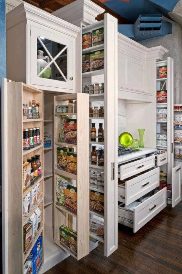Great kitchen storage vs. separate pantry