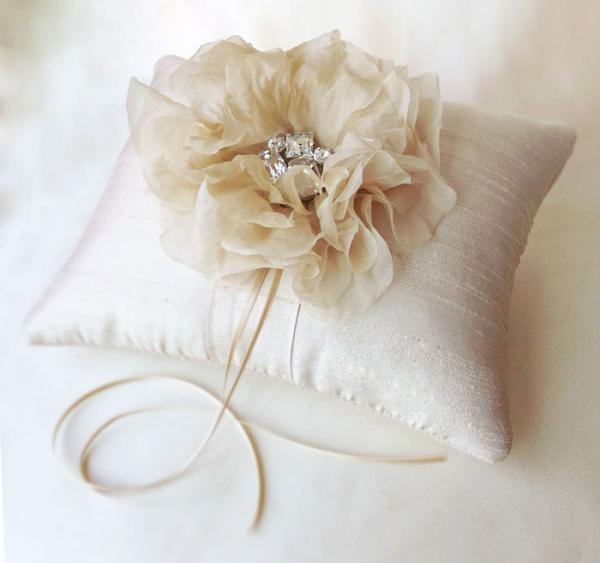 wedding ring pillow and fascinator