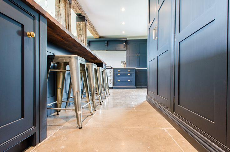 Best Bespoke Kitchen Farrow And Ball Railings Dark Kitchen 400 x 300