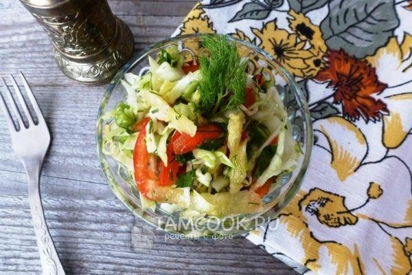 Рецепт салата из капусты, ананаса и сладкого перца