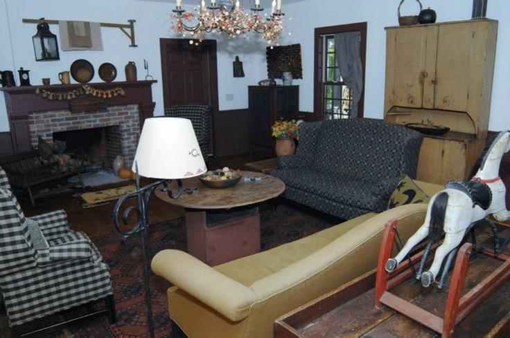 44 Best Primitive Colonial Living Rooms Images On Pinterest Primitive Livin