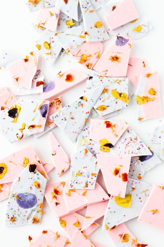 Color Blocked Chocolate Bark with Edible Flower Sprinkles. Make this for your next gathering and have everyone talking! Paper & Stitch
