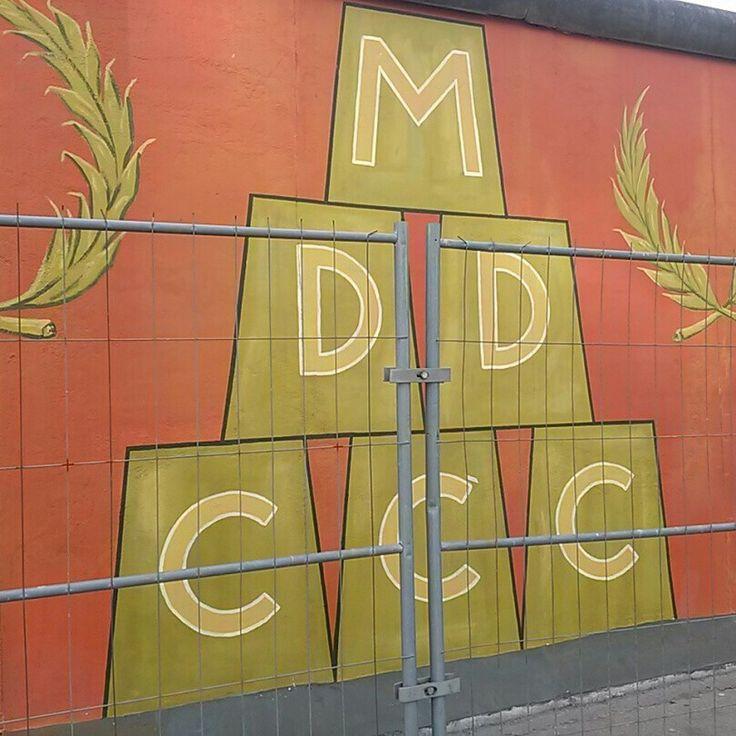 이스트사이드 갤러리 복원작업 시작...^^  #리얼트립베를린 #베를린여행 #독일여행 #베를린 #독일 #이스트사이드갤러리 #eastsidegallery #베를린장벽 #유럽 #독일어디까지가봤니