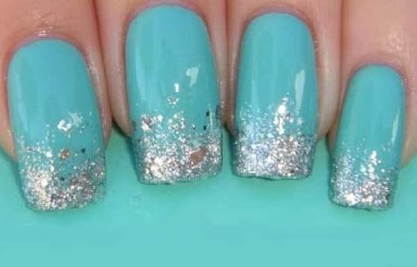 Uñas decoradas color verde, uñas decoradas color verde plata.   #colordeuñas #nailartcolor #uñasvistosas