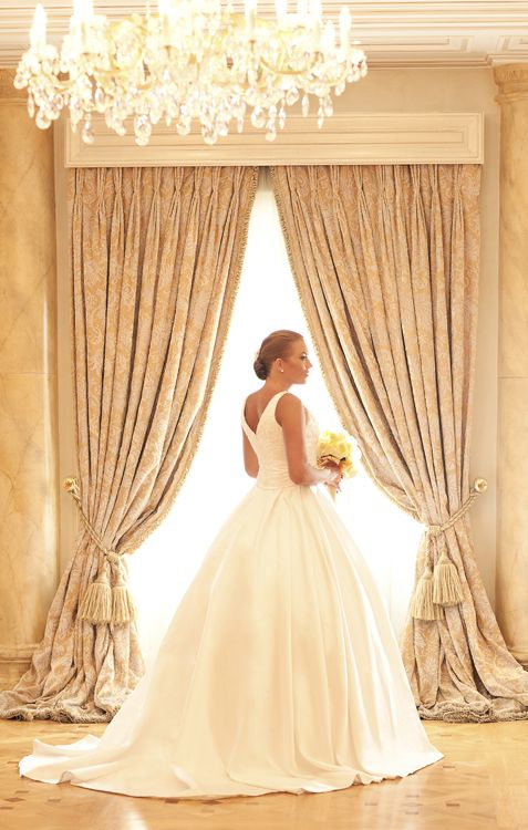 A Dream Coming True in an haute couture, full skirt wedding gown, an elegant and timeless choice -By Mitheo Events