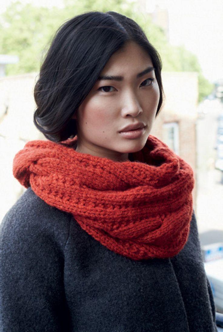 modele tricot gratuit snood debbie bliss