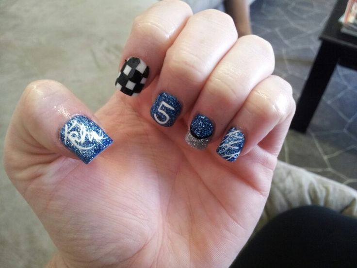 Kasey Kahne nails <3 by Sarah Rogers - 27 Best Nascar Nails Images On Pinterest Nascar Nails, Manicures
