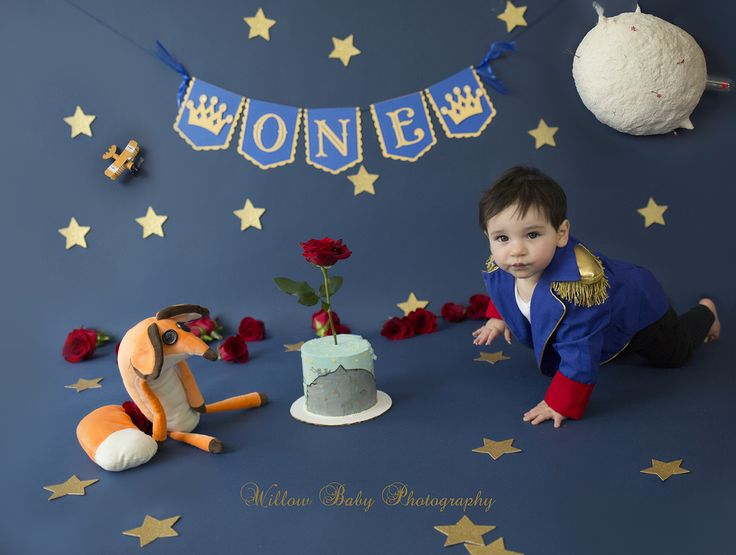 #thelittleprince #Littleprincecakesmash The Little Prince Cake Smash #willow_baby_photography
