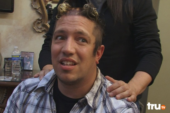 Sal from Impractical Jokers knows how exactly how to use highlights to make his outfit pop!