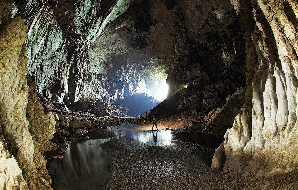 Gunung Mulu Nationalpark im Malaysia Reiseführer http://www.abenteurer.net/3825-malaysia-reisefuehrer/