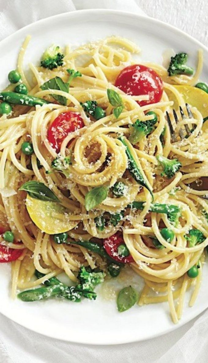 Easy dinner tonight! One-pan pasta primavera: 10 minutes to prep, ready in 20.