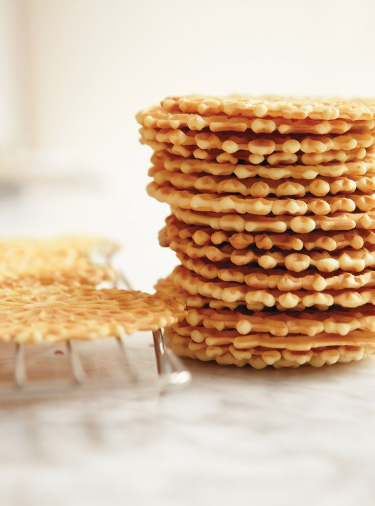 Ricardo's recipes : Anise Pizzelle Cookies
