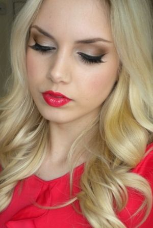 pretty eye makeup! love the lip color as well