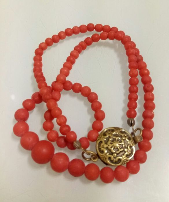 Currently at the #Catawiki auctions: Italian orange-red mediteranean coral necklace -Fagiani - 44cm