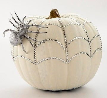 Going to have to bling my pumpkins this year!: Pumpkin Ideas, Halloween Decor, Pumpkins, Halloween Crafts, Halloween Pumpkin, Pumpkin Decor, Holidays, White Pumpkin, Spiders Web