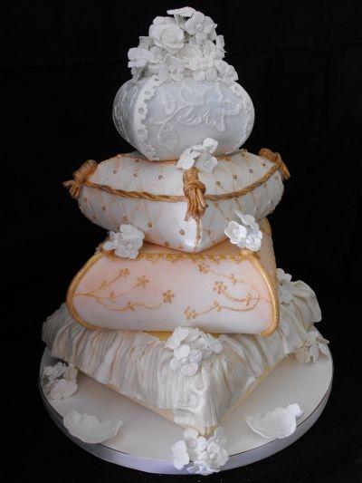 Rustic Pillow Wedding Cake