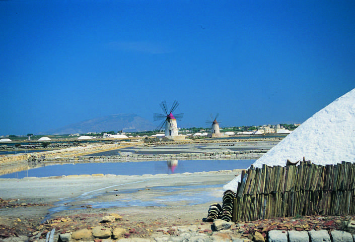 Trapani, where the roads are beginning
