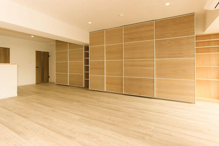 収納力&使い勝手が抜群!IKEAのPAX(ワードローブ)をリビングの壁面収納として設置 - 2