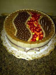 Torta decorada con golosinas tortas de cumplea os for Tortas decoradas faciles