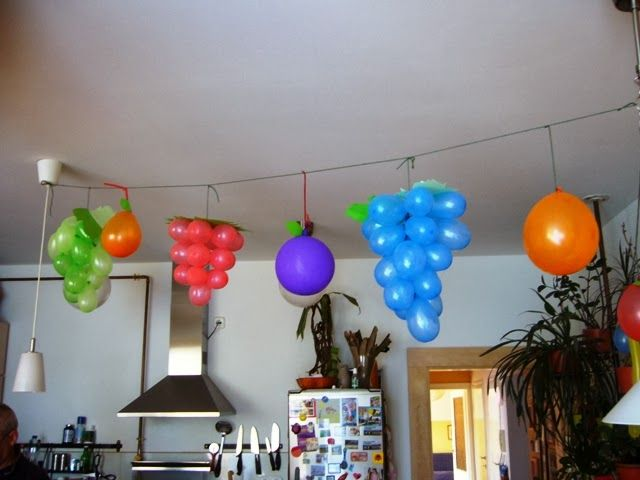 Birthady party decoration from balloons (fruits)