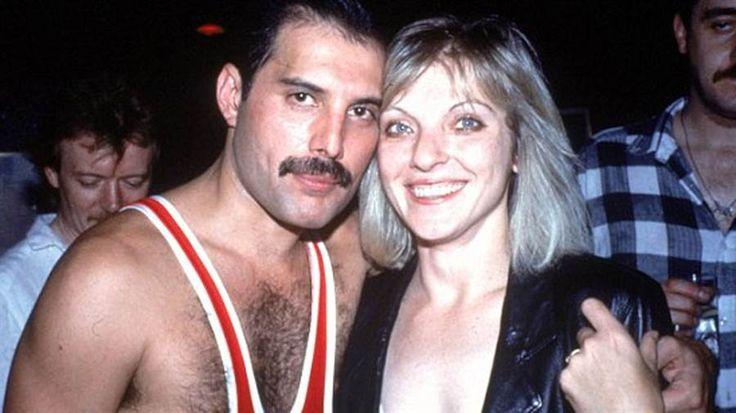 Freddie Mercury la historia detrás de Love of my life y quién fue el hombre que lo acompañó hasta el final - LA NACION (Argentina)
