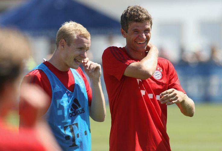Muller - Start of Training from fb FC Bayern München