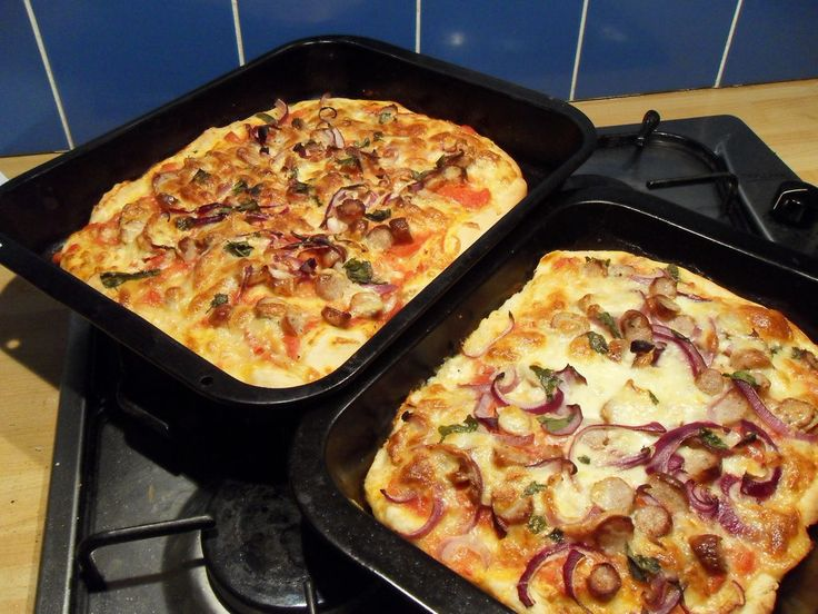 Microwave Pizza Dough & No-Cook Tomato Sauce by Ninzerbean