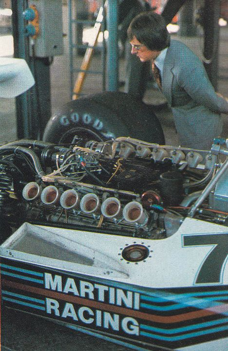Best of the MSR Facebook: Classic F1 Engine Photos with Berni Ecclestone.