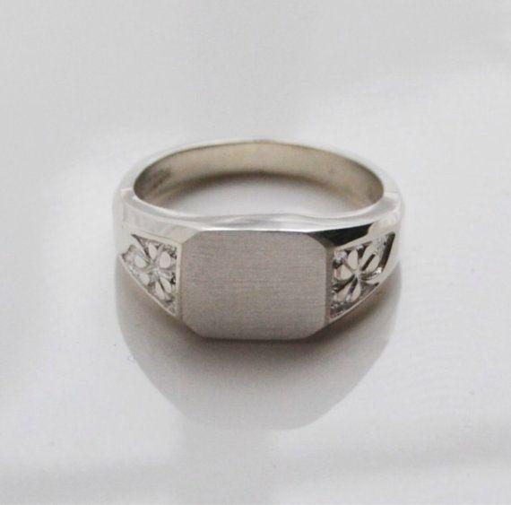 Mens Irish shamrock silver signet ring, Irish monogram ring, shamrock initial ring on Etsy, $150.00