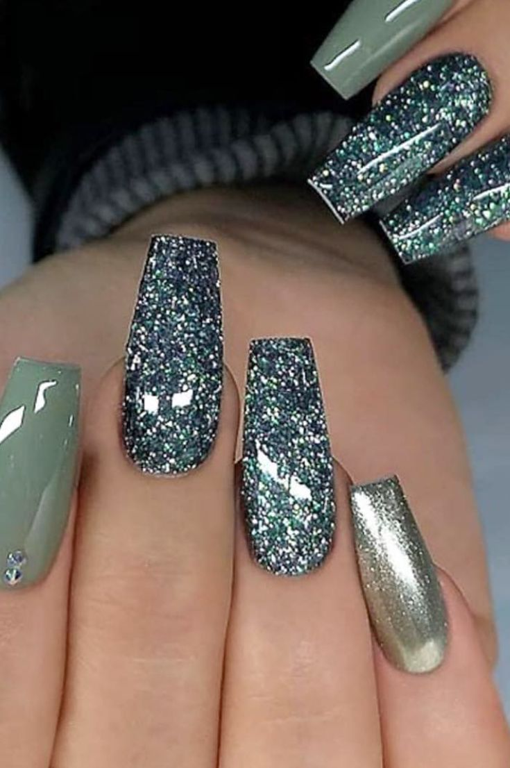 50 Most Beautiful Winter Nail Designs Shrinking To Your Fingertips 2019 Page 38 Of 53 Hairstylesofwomens Com Winter Nail Designs Nail Colors Winter Winter Nails