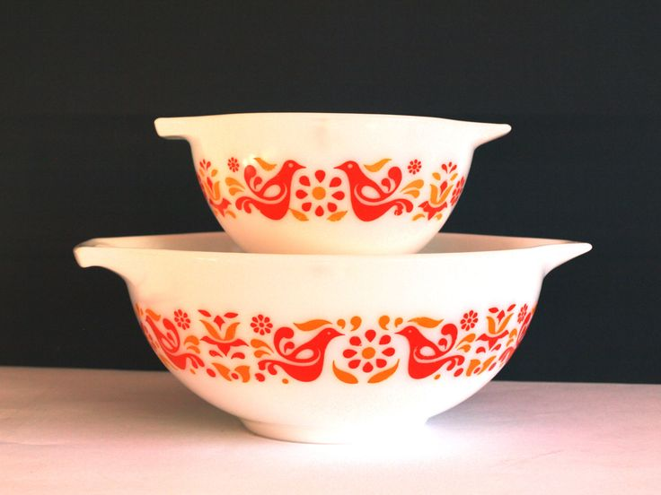 242 best Pyrex Love images on Pinterest | Bowls, Crown and Crowns