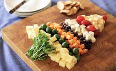 Christmas Tree Cheese Platter Recipe - this is a fun way to do a cheese platter at the Christmas party