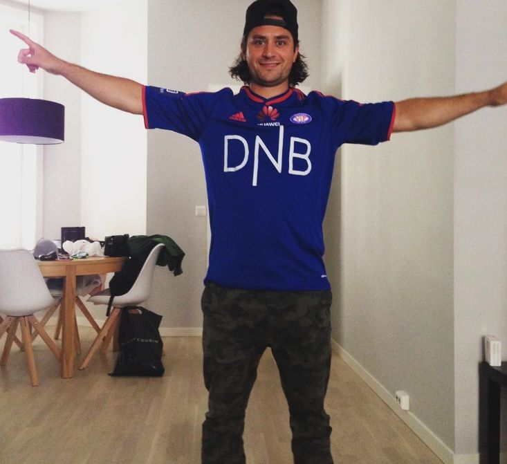 matszuccarello First vålerenga soccer game for me this year #victoryyyyy