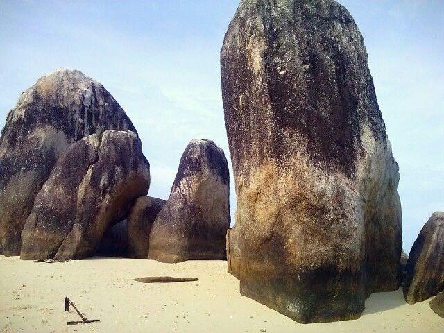 Batu Berlayar Beach, Belitung