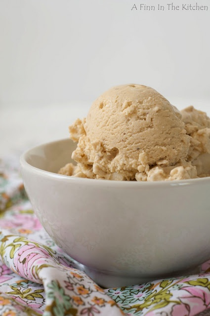 Roasted Pistachio and White Chocolate Ice Cream