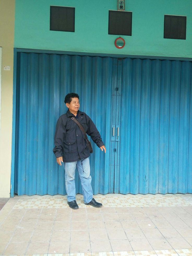 Penyedia jasa service Rolling Door dan pasang Baru Rolling Door, Folding Gate, Rolling Grille, Harmonika, Garasi Door dll.  Hubungi kami se...