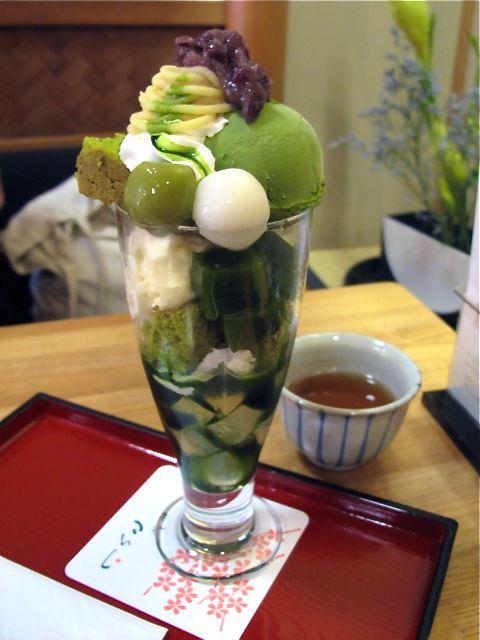 抹茶パフェ green tea ice cream parfait
