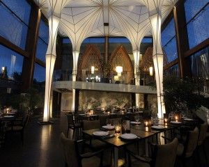 Merah Putih  Restaurant Jl. Petiteneget- no prices