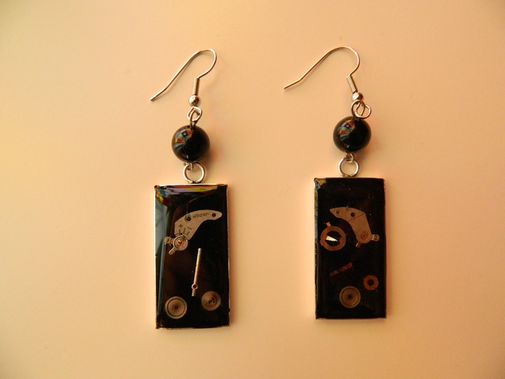Steampunk earrings with resin