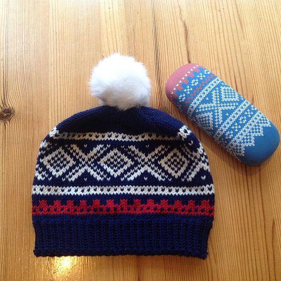 Hand Knitted Hat with Norwegian MARIUS®pattern© in soft Merino