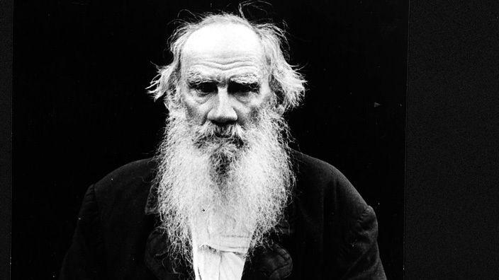 La conoscenza massima raggiungibile dall'uomo è che la vita non ha alcun significato - Lev Tolstoj
